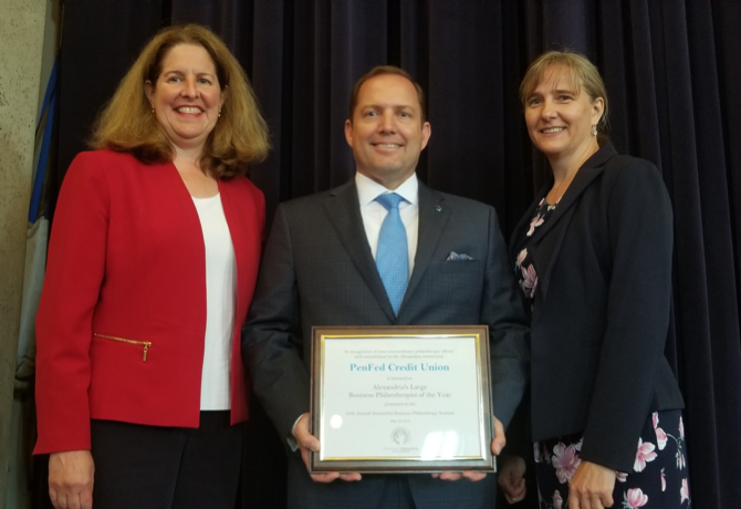James Schenck, pictured with Alexandria, Virginia Mayor Allison Silberberg (left), accepts the 2018 Large Business Philanthropist of the Year Award from Volunteer Alexandria Executive Director Marion Brunken (right). Photo courtesy of Lucelle O'Flaherty.